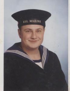 Kenneth Lund Madsen indkaldt i 2001.